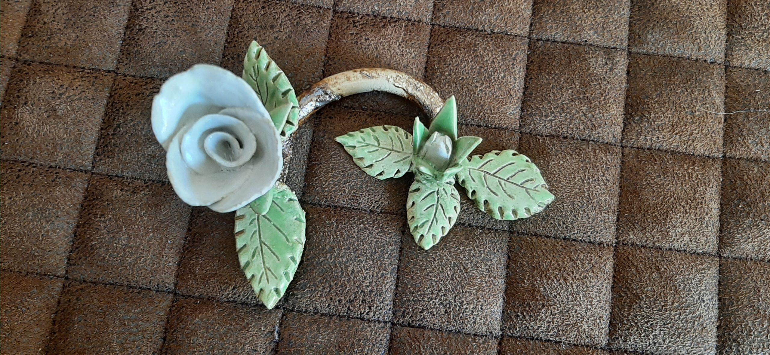 weiße Rosen, Keramik, KeraMik von Herz zu Herz, Augsburg, Clay Artist, Geschenke