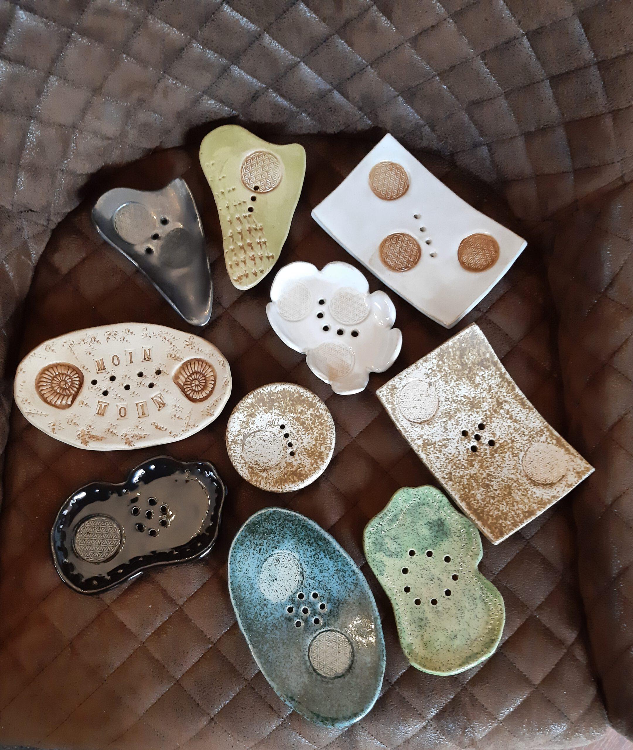 Seifenschale, Handarbeit, Keramik, Keramik von Herz zu Herz, Augsburg, Unikate aus Ton, Badezimmerartikel, Geschenke von Hand gemacht